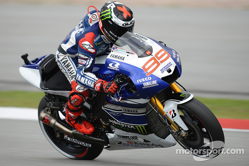 Flying Lorenzo tops Friday practice at Philip Island
