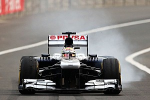 Formula 1 Breaking news Maldonado visits Sauber's Hinwil base