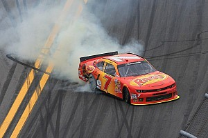 Regan Smith gets redemption with Daytona win