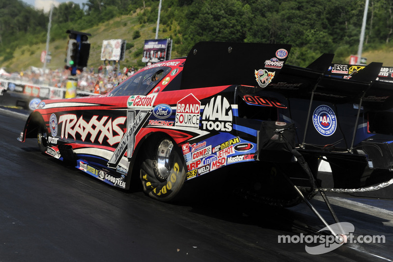 Courtney Force looking to turn luck around in Las Vegas