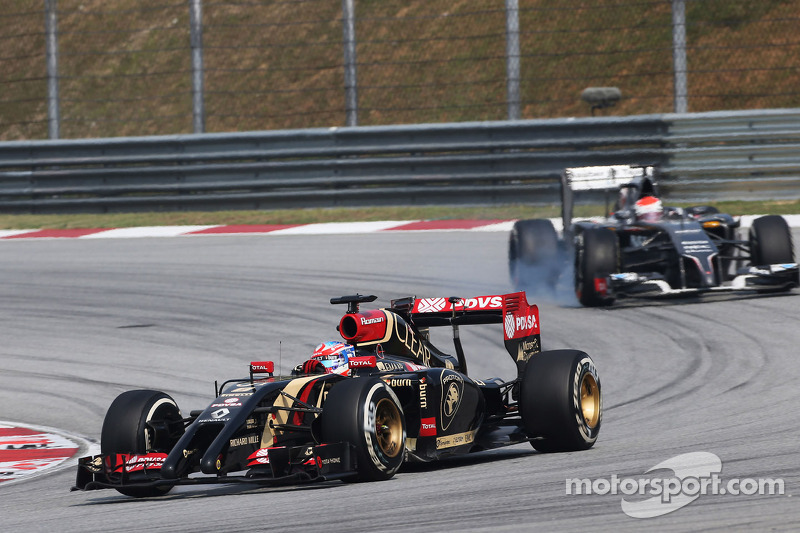 Grosjean finishes 11th, Maldonado out