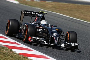 Turbulent practice day for Sauber in Barcelona