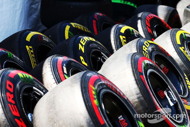 Lotus to test 18-inch Pirelli tyre