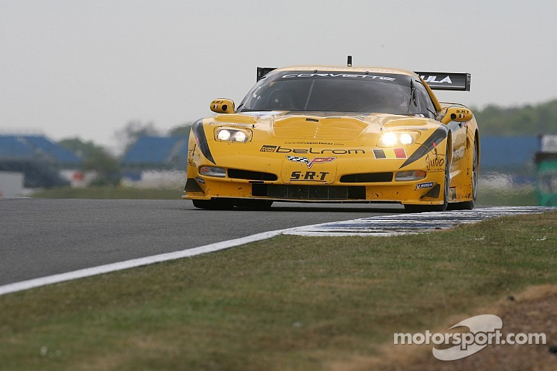 Hamilton takes third in GT2 SRT Chevrolet Corvette