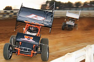 Sprint Analysis Sprint Car racers give their take on tragedy and defend Tony Stewart