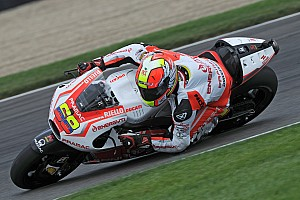 Pramac's Hernandez is fast under the rain