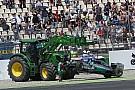 Brazil moves tractor after Bianchi crash