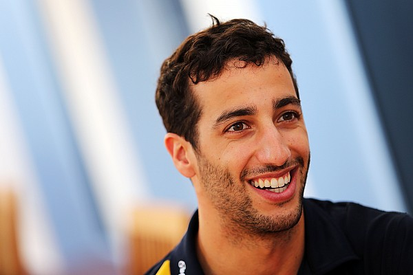 Ricciardo confirms pay-rise for 2015