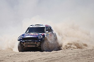 Fifth stage win for MINI at the 2015 Dakar Rally