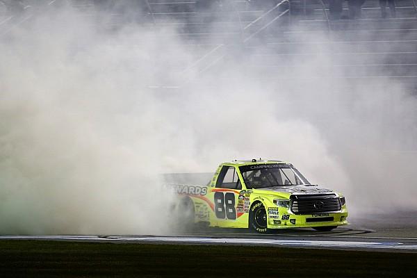 Crafton dominates Truck race at Atlanta