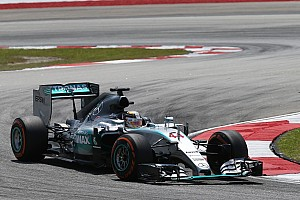 Hamilton back on top in second practice