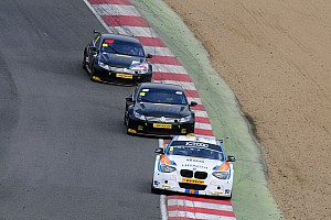 Collard beats Smith and Plato to win BTCC opener