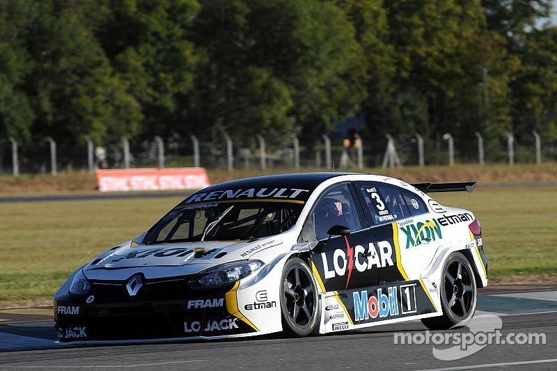 STC2000: Renault listo para correr en Rosario