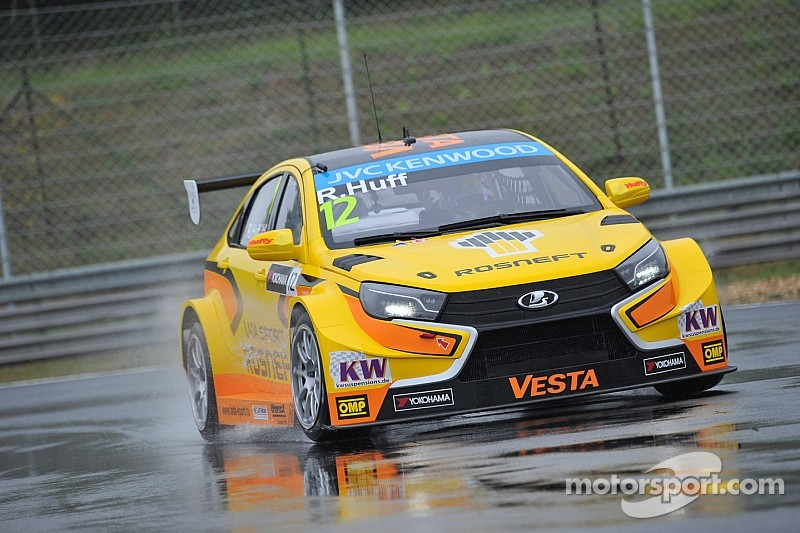 Second place for Tom Coronel in Hungarian WTCC round - video