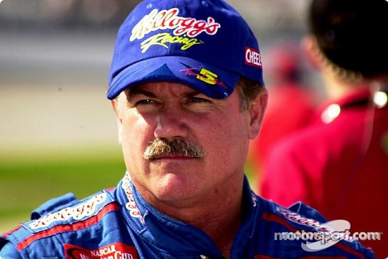 NASCAR names 2016 Hall of Fame Class