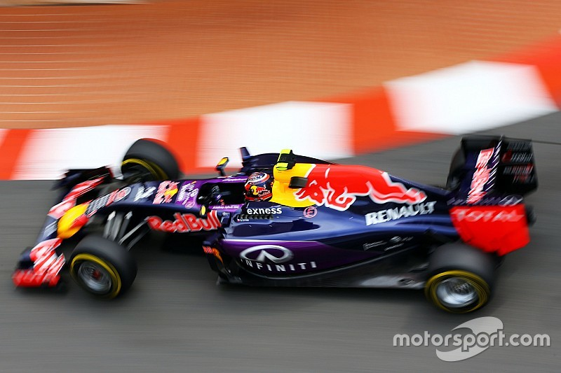 "Tost: Extra year at Toro Rosso ""would have helped"" Kvyat"