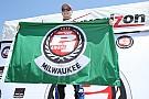 Newgarden earns first career IndyCar pole at Milwaukee