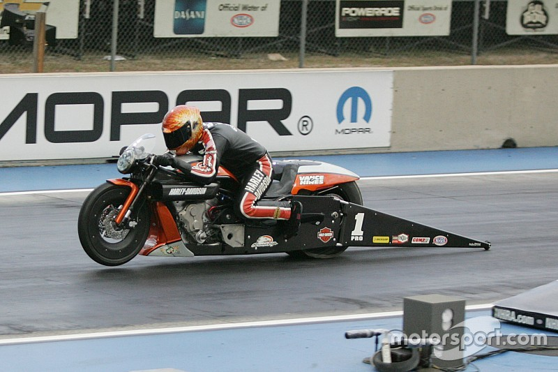 Beckman, Langdon, Gray and Hines are quickest qualifiers on Friday at Brainerd