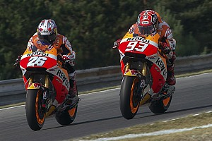 MotoGP Practice report Marquez and Pedrosa start with good pace at cold Silverstone