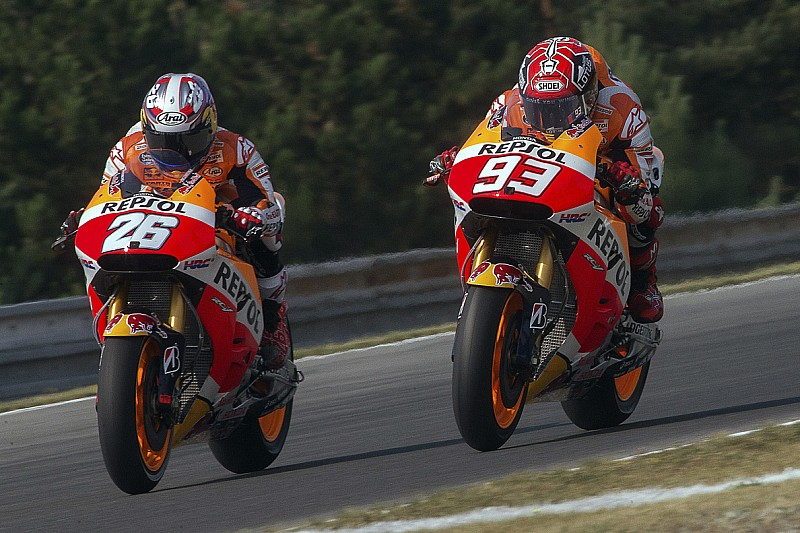 Marquez and Pedrosa start with good pace at cold Silverstone