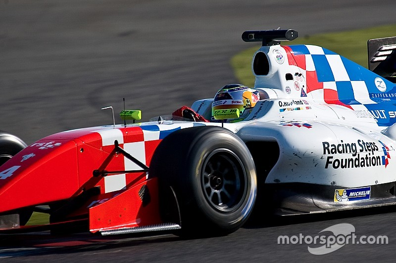 Nurburgring FR3.5: Rowland gets pole in red-flagged Saturday qualifying