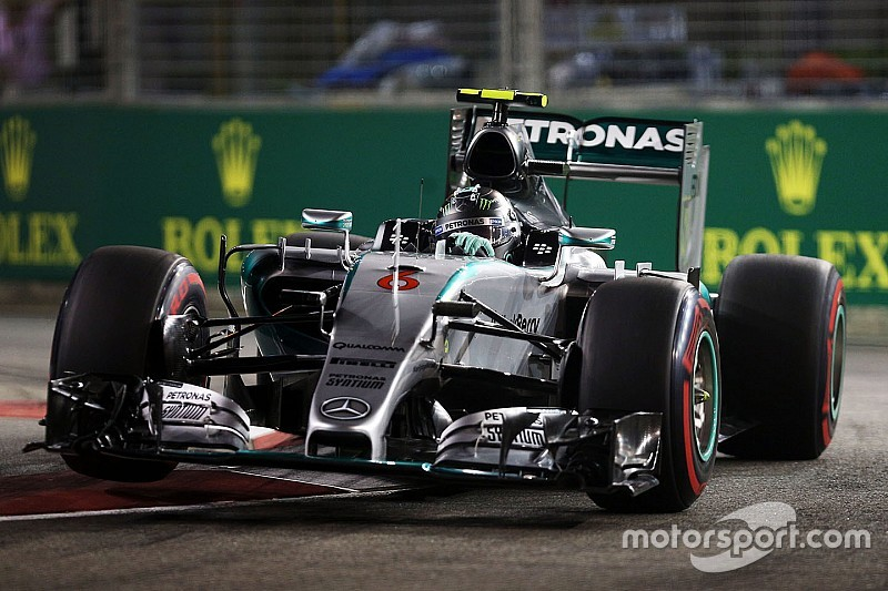 Mercedes says set-up blunders to blame for poor qualifying