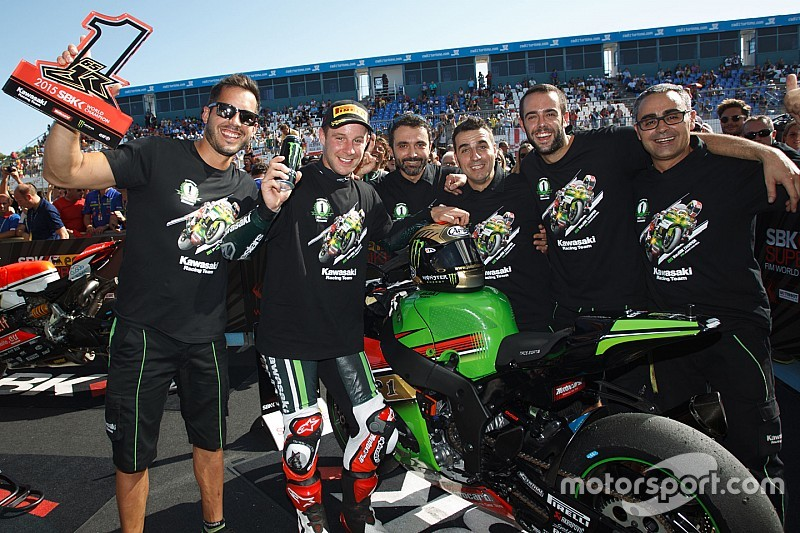 Jerez WSBK: Rea seals championship as Sykes takes win