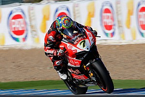 World Superbike Race report Jerez WSBK: Davies coasts to crucial win in second race