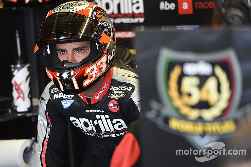 Marco Melandri overweegt overstap naar de autosport