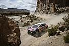 Dakar auto's: Peterhansel pakt leiding klassement, Ten Brinke uit de rally