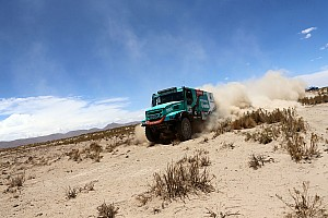 Dakar Stage report Dakar Trucks, Stage 8: De Rooy grabs lead after second stage win
