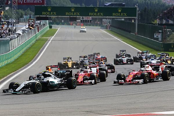 Formule 1 Résumé de course Course - Rosberg remplit son contrat, Hamilton profite du chaos
