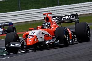 Formula V8 3.5 Gara Panis gioca di strategia e conquista il successo in Gara 2