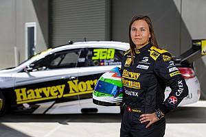Supercars Actualités Simona de Silvestro s'associe avec Nissan sur plusieurs années
