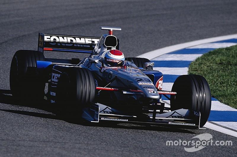 【F1】元F1ドライバーのエステバン・トゥエロ、プロドライバーを引退