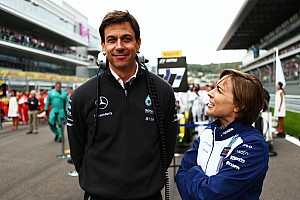 Mercedes заплатила Williams за возвращение Массы