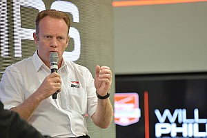 IndyCar Breaking news Phillips joins Foyt team as race engineer