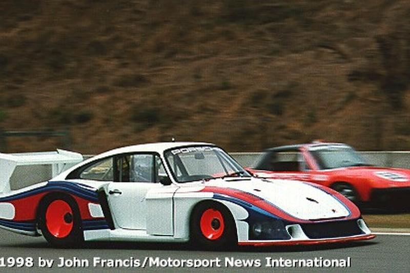 Exhibition Porsche 935 - Moby Dick (between turns 2 & 3)