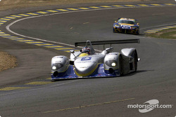 Yannick Dalmas in the Chrysler LMP and a Viper