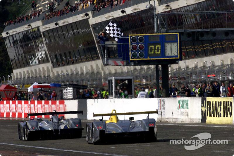 Chrysler leads Audi past the Le Mans pits