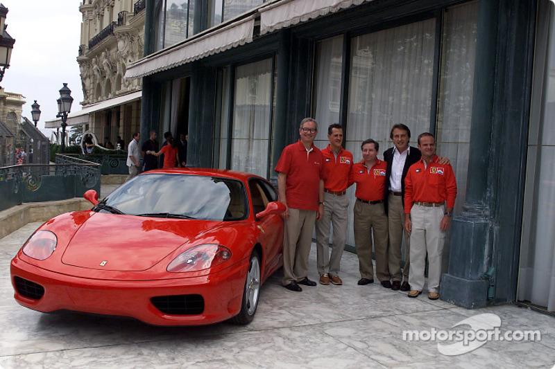 Signature of the agreement between Ferrari and Vodafone: Chris Gent, Michael Schumacher, Jean Todt, Luca di Montezemolo and Rubens Barrichello