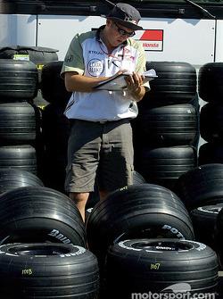 Tire preparation at BAR