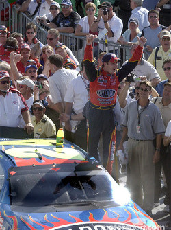NASCAR-CUP: Race winner Jeff Gordon