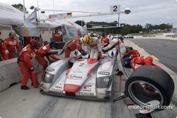 Driver change Frank Biela and Emanuele Pirro
