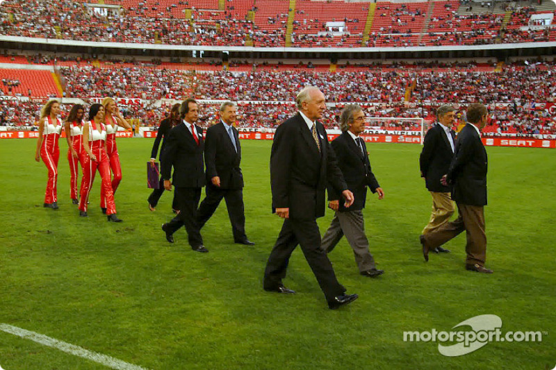 Presentation at S.L. Benfica football stadium