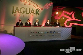 Niki Lauda introducing the new Jaguar R3
