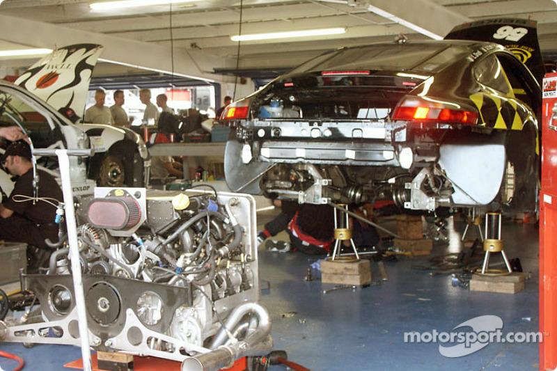 Seikel Motorsport garage