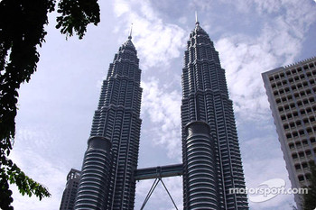 Kuala Lumpur: the Petronas Twin Towers
