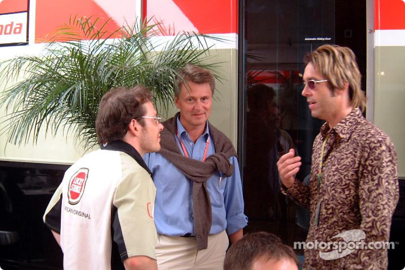 Jacques Villeneuve with Per Gessle of Swedish pop band Roxette
