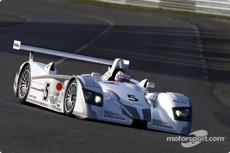 Yannick Dalmas in the Audi R8 #5